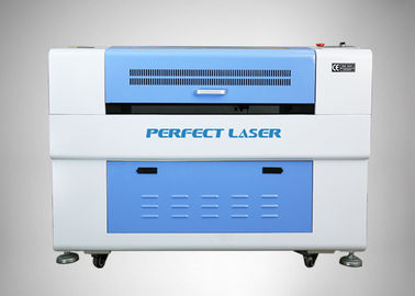Economic CO2 Laser Cutting Machine , Laser Cutter And Engraver Machine