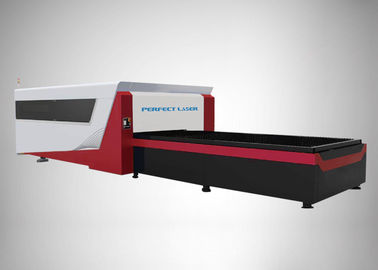 Cina Full Terlampir Serat Laser Cutting Machine / Profesional Laser Metal Cutting Machine pabrik